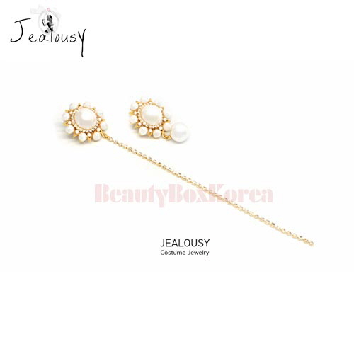 JEALOUSY White Story Earrings 1pair