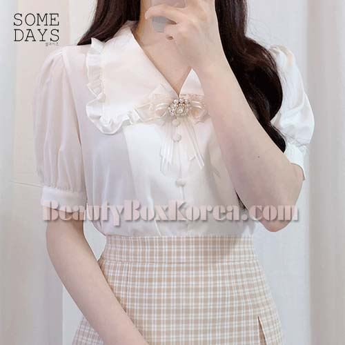 SOMEDAYS Ade Frill Collar Blouse 1ea,SOMEDAYS