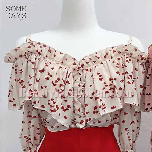 SOMEDAYS Vely Heart Strap Off Shoulder Blouse 1ea