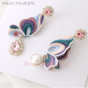MUR'MURER Butterfly Earrings 1pair